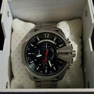 Diesel DZ1643 Master Chief Silver Tone Men's Watch